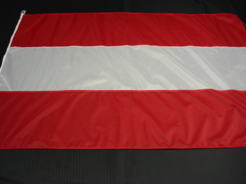 Hissfahne Fahne Flagge Groesse 150/250 rot-weiß-rot